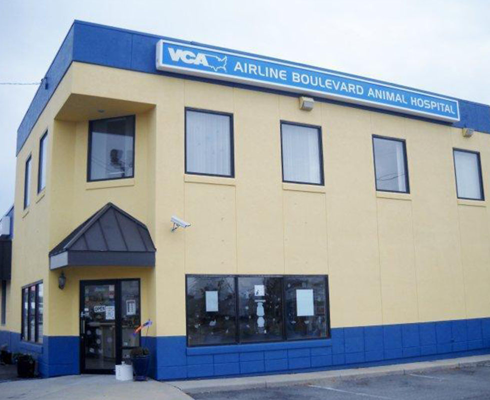 Hospital Picture of VCA Airline Boulevard Animal Hospital
