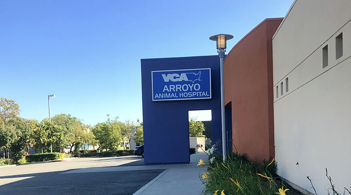 Home Page Image of VCA Arroyo Animal Hospital