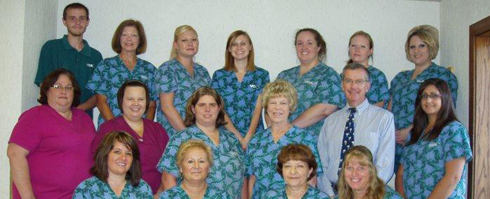 Homepage Team Picture of VCA Associates In Pet Care Animal Hospital