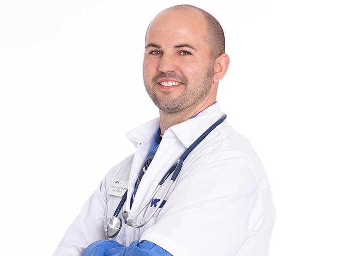 Dr Robert Gutierrez Vca Becker Animal Hospital