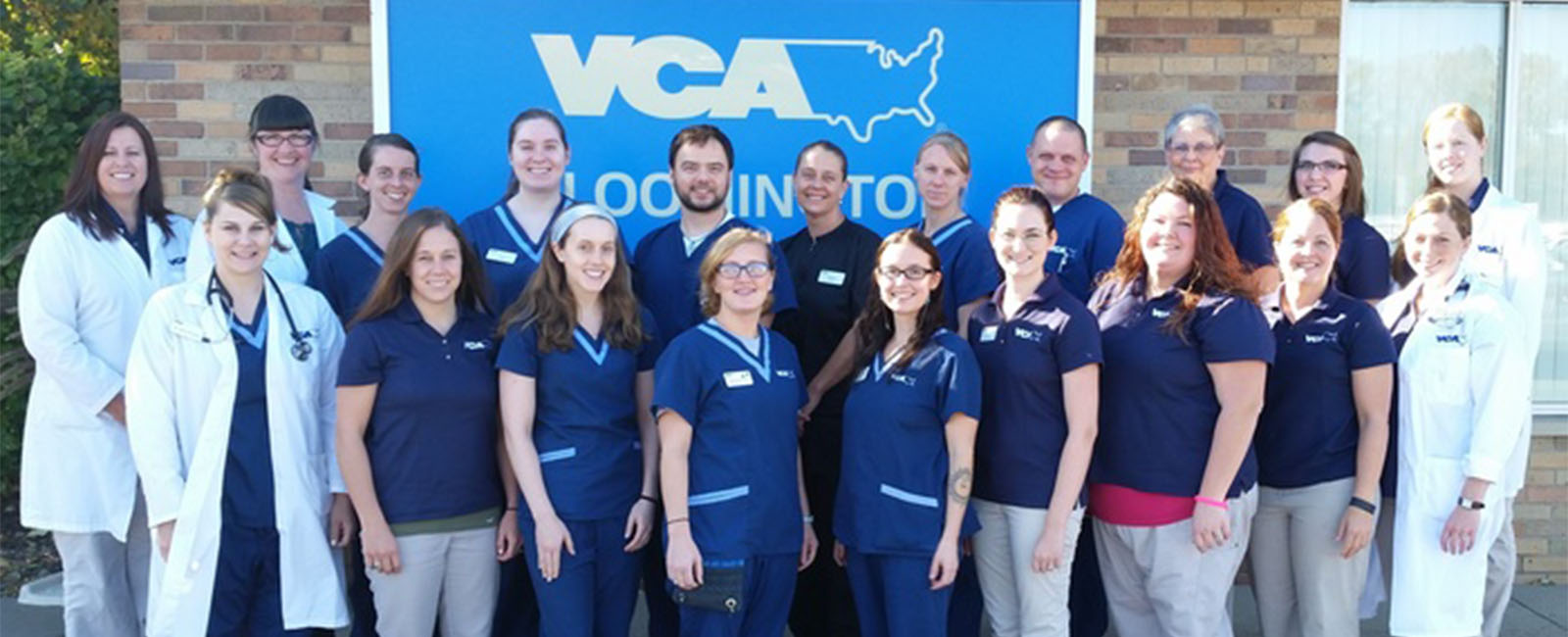Homepage Team Picture of VCA Bloomington Animal Hospital