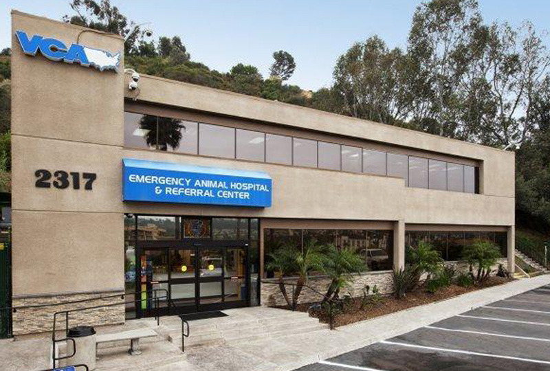 Hospital Picture of  VCA Emergency Animal Hospital and Referral Center