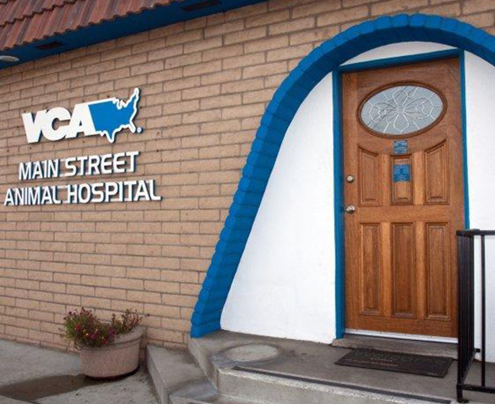 Hospital Picture of  VCA Main Street Animal Hospital