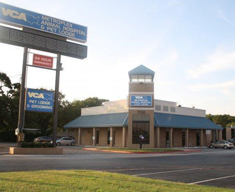 Hospital Picture of VCA Metroplex Animal Hospital & Pet Lodge