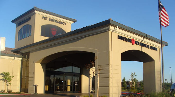 Homepage Hospital Picture of VCA Mueller Pet Medical Center & The Pet Inn