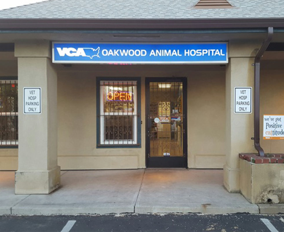 Hospital Picture of VCA Oakwood Animal Hospital