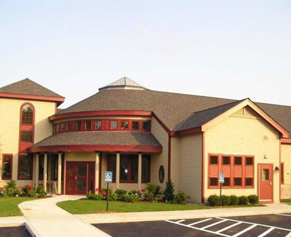 Hospital Picture of VCA Plymouth Animal Hospital and Pet Resort