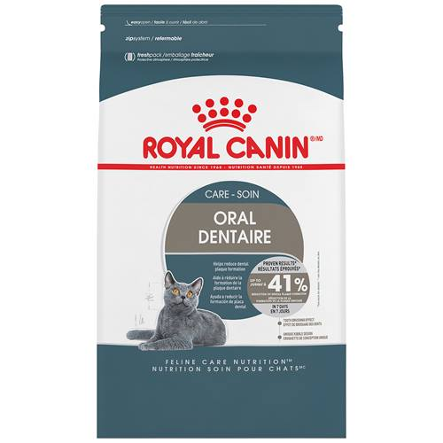 ROYAL CANIN® FELINE CARE NUTRITION™ Oral Care Adult dry cat food